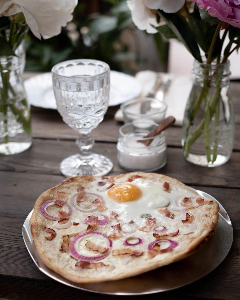 tarte flambée, recipe, Weber Grill, grill, pizza stone