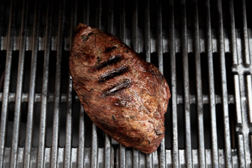 sous-vide shoulder roast beef, grill Weber Grill, recipe